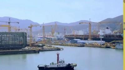 Корейцы построили самый большой контейнеровоз-the largest container ships