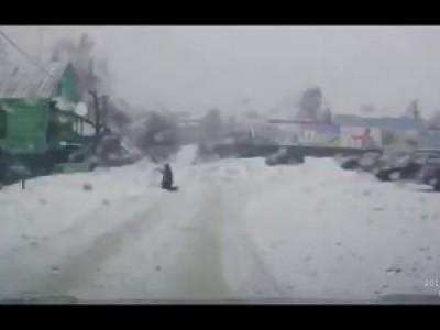Не Проезжайте Мимо [Помощь на дороге] - Социальный Ролик / The Help on the road Russia