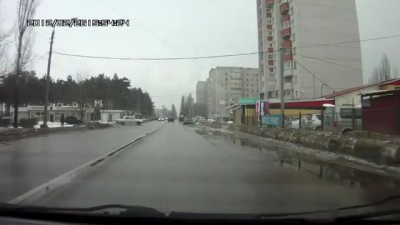 Волга скрылась с места ДТП