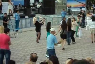 танцор 2