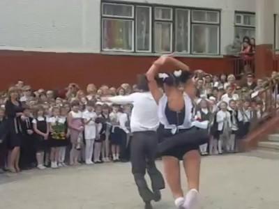 Лучший танец на выпускной 2014!!!