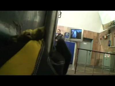 Зацеперы верхом на метро