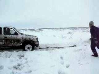 порвали ниву. порвали новую ниву, машине 1 месяц. Тойота рвёт ниву.