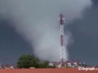Торнадо Польша Июнь 2012
