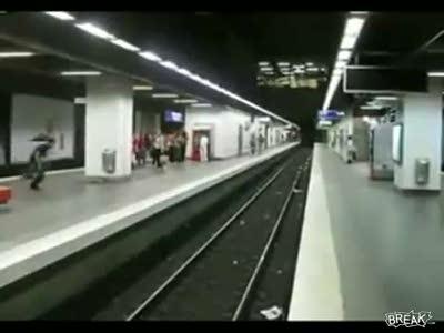 Паркур в метро