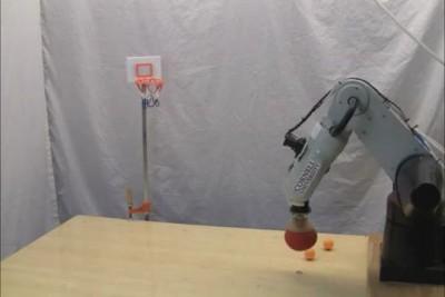 Робот - баскетболист