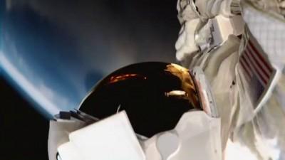ВанДам в космосе