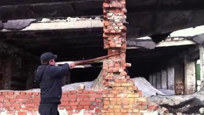 Снос здания своими руками!