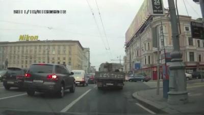 """""""Пешеход"""" или """"как правильно переходить улицу Тверская"""""""