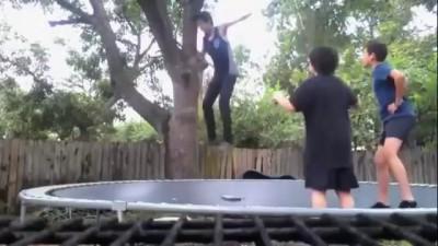 Супер трюк на батуте