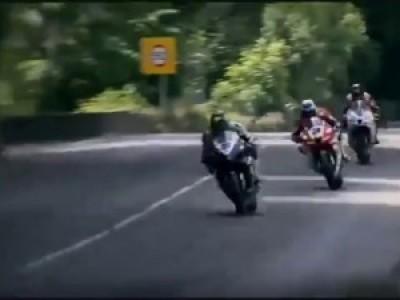 Мотоциклисты со стальными яйцами