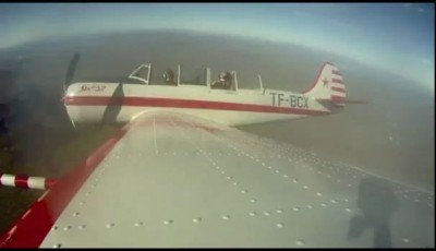 GUY PERSON RIDES ON AEROPLANE WING ! BALLS OF STEEL