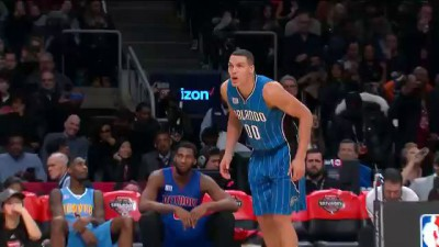 Aaron Gordon Under-the-Legs, Over the Mascot Dunk