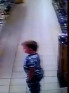 Вонючий теракт в магазине