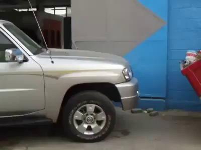 Автомобиль без руля? Посмотрите на заднем сиденье!