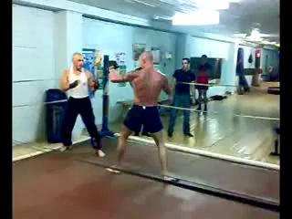 Разборки на ринге, Бокс против Тайского Бокса!.flv