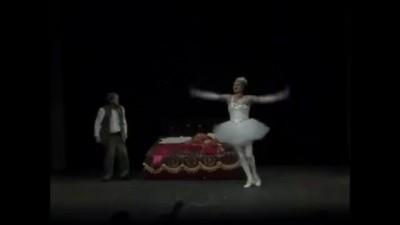 Фёдор Добронравов в спектакле Швейх или гимн идиотизму