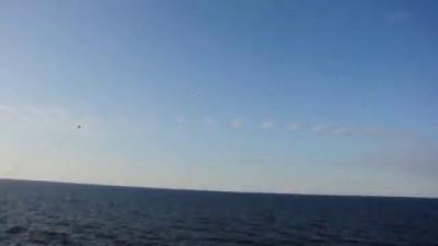 Су 24 в Балтийском море над америкинским эсминцем