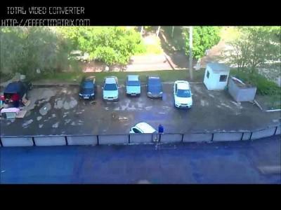 Мадам на парковке