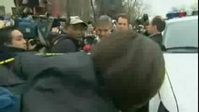 Арест Джорджа Клуни у посольства