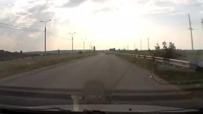 Карол автострады чёрный джип мерен Е001ММ01
