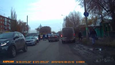 Омск: 4-я Челюскинцев 16 октября 2015