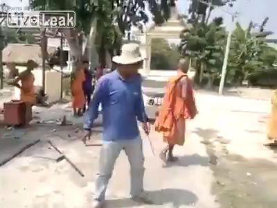 Монах vs монах