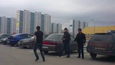 В Нижневартовске мигранты напали на водителя Волги