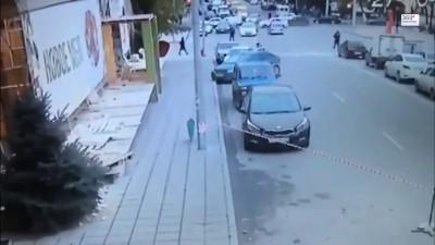 В Махачкале сотрудники ДПС не дают проехать к роддому автомобилю с беременной женщиной
