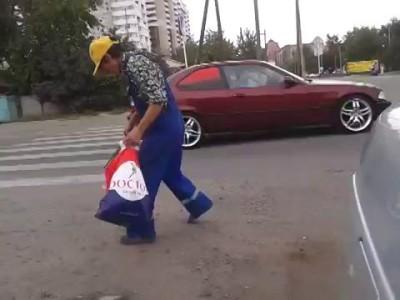 Ответственная пьяная уборщица в г.Астана