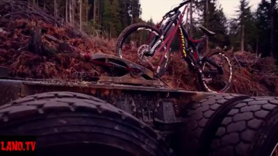 Why we love downhill 2016