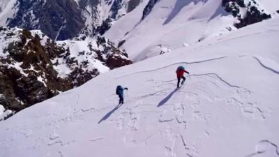 Мини-фильм про альпиниста
