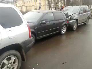 Пьяная ТП на BMW протаранила машины