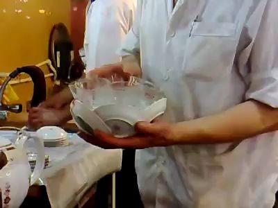 Профессиональный разносчик чая