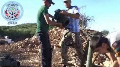 Двое сирийцев чудом выжили после прямого попадания ракеты в машину