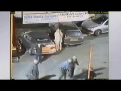 Замес на парковке в Британии