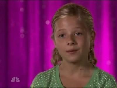 Девочка с изумительным оперным голосом!