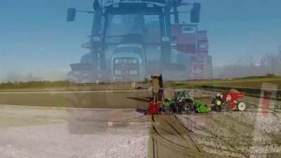 Potato Planting   Deutz-Fahr Agrotron 7250 TTV on Row-Crop Tracks + Dewulf Miedema belt planter