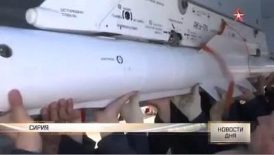 Су-35 готовится к боевому вылету в Сирии