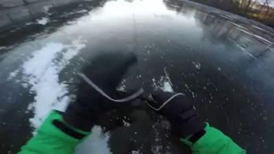 Авария на 80 км/ч на замерзшем озере