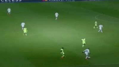 Порошенко освистали на матче Dynamo Kyiv vs Manchester City