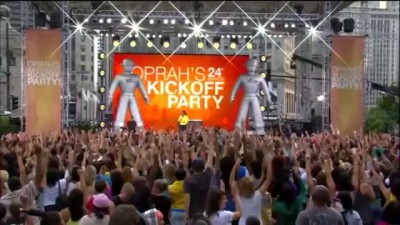 Black Eyed Peas - I Gotta Feeling (live with Oprah)