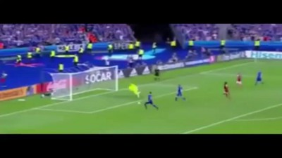 Iceland vs Austria » Icelandic commentator goes nuts (REALLY NUTS) on Iceland second goal