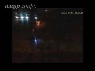 Благовещенец снял на видео ночные гонки напротив администрации Амурской области