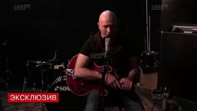 Петербургский актёр дал ответ Джамале песней про Крым