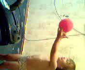 невесомый шарик