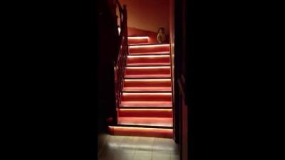 автоматическая умная подсветка www.stairsled.ru