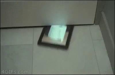 Новые технологии никогда не заменят обычную бумагу