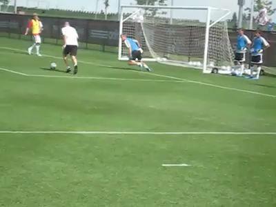 Зидан не забыл, как играть в футбол