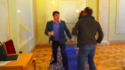 Соболев vs Ивченко драка Верховная рада видео 12.02.2015